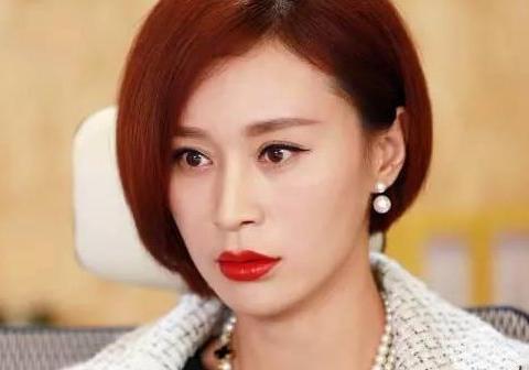 """杨雨婷,《琅琊榜》中的毒辣王妃""""越贵妃"""",现实中竟然这么美"""