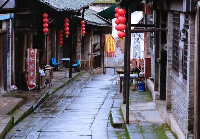 西南最低调的古镇,受众多影视剧青睐,民俗独特游人少