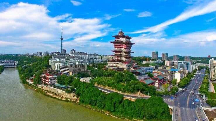 """四川""""最低调""""的一个城市,其经济增速非常高,知道哪里吗?"""