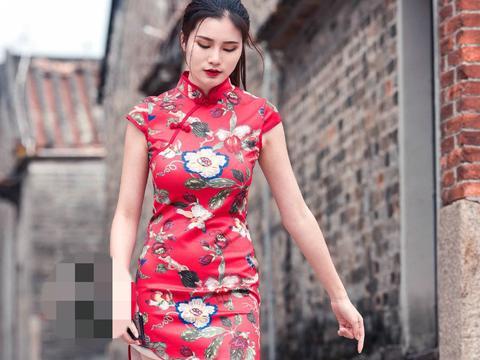小姐姐红色旗袍,整体气质温柔,特别美艳迷人
