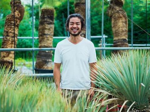 日本最牛养花大神,满世界收集新奇特植物,变成百亿富翁