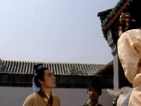 红楼梦里贾芸送礼给凤姐,如果不送,凤姐还会给他工作吗?