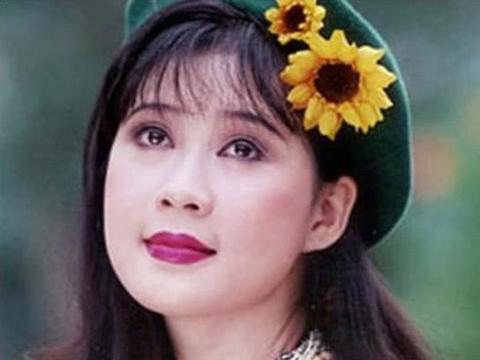 越南女演员以为自己嫁给外国富商,不料对方是骗子如今生活辛酸