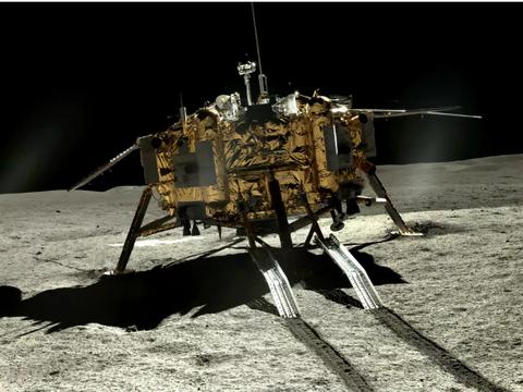 我国嫦娥四号探测器正不断的从月球传回神秘远方的史诗图像