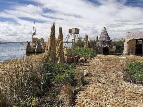 世界上最神奇的岛,整个岛只用芦苇编成,已在水上漂浮一千多年!