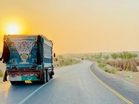 国际汽联关闭了巴基斯坦的非法比特币和以太币挖矿场