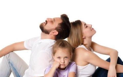 """想要帮助孩子成为情绪的主人,就从不要求他""""听话、乖""""开始"""