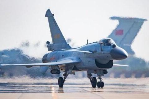 伊朗刚看上歼-10C,美禁止各国售伊朗武器,歼-10C出口又黄了