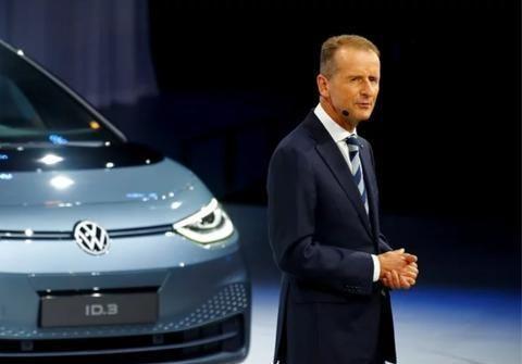 大众:我们在电动汽车时代的目标只有一个,赶上特斯拉
