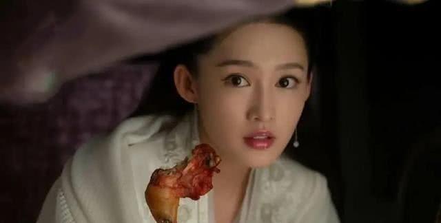 庆余年幕后:李沁赫子铭吃肉吃到吐,辛芷蕾拍完水下戏肌肉抽搐