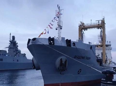 等了20多年后,俄海军迎来一艘海上特种战舰,中国造成最大亮点