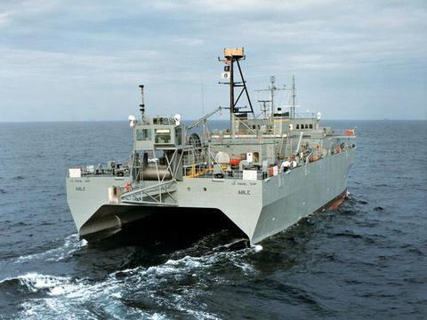 美军海上打击群太平洋驰骋,南部海域警报响起,间谍船春节来添堵