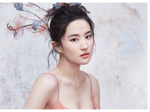 气质干净的娱乐圈真美女:纯而不妖艳,除了刘亦菲还有她
