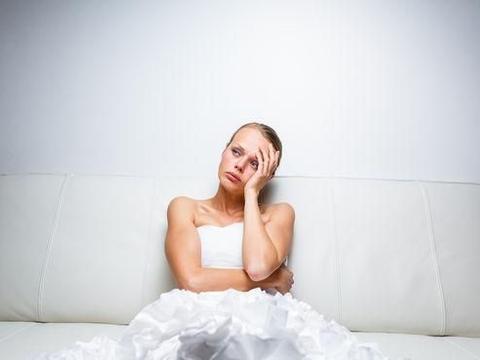 英国新娘婚礼前忽然大便失禁,弄脏价值10万的婚纱