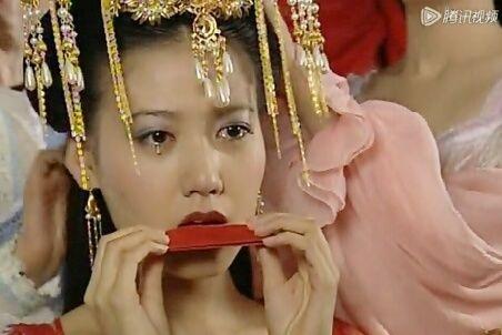抿口红的古装新娘,3位以悲剧收尾,你最喜欢谁?