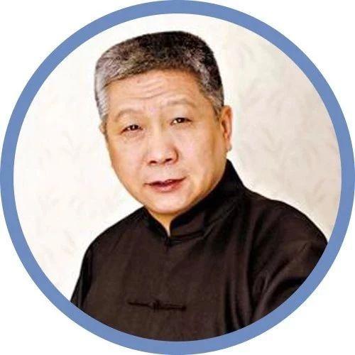 他是王朔的伯乐,中国顶级收藏家:真正厉害的人,都是不争不吵不炫耀