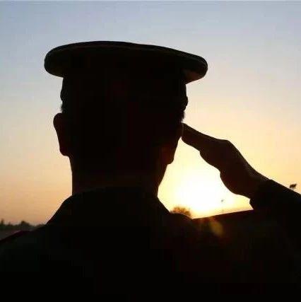 全军边海防部队节日戍边巡防:为了万家灯火,为了万里河山
