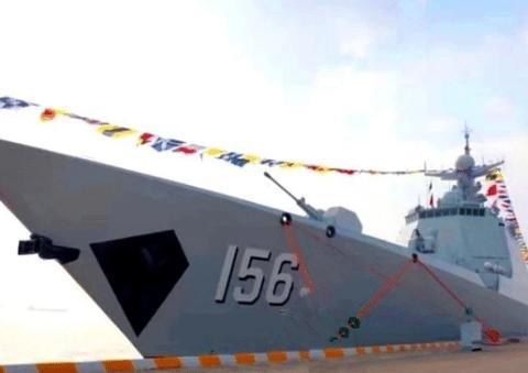喜讯!首艘改进型052D驱逐舰服役了,具有发现隐身战机的能力