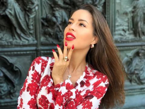俄罗斯冻龄名媛,有钱让她越来越年轻,购物可以消除一切烦恼