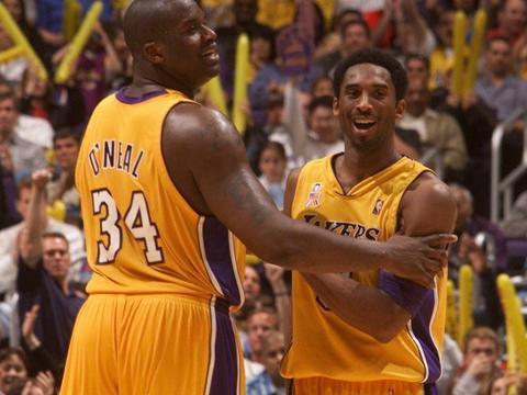 搜狐特评:科比 NBA史上最接近神的男人停止了呼吸