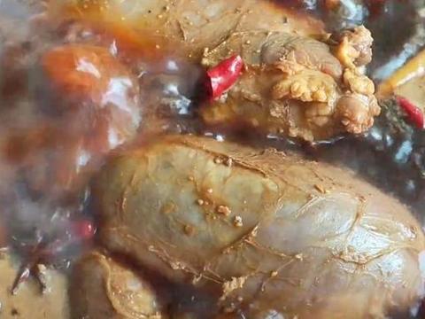 简单3步教你做好吃酱牛肉,既入味,又不散,口感紧实,酱香浓郁