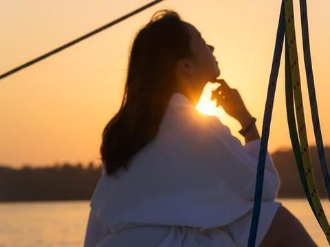 泰国普吉岛最美酒店,地理位置极佳,6个泳池4个餐厅度假风十足