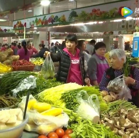 记者走访:我省粮食储备充足 广州江南市场日供蔬菜4500吨