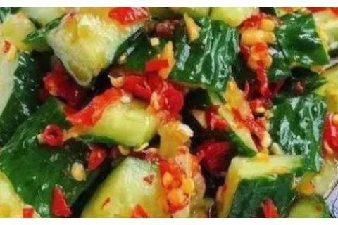 精选美食:糖醋娃娃菜、剁椒黄瓜、八宝蜂蜜雪梨盅