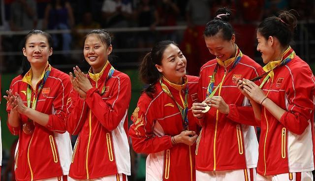 中国足球与中国女排差距在哪?郎平一针见血:抵制住多元时代诱惑