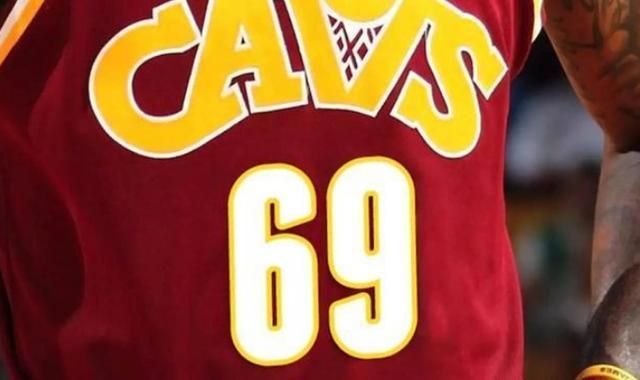 这球衣号码NBA至今无人穿过!罗德曼曾主动申请却遭联盟拒绝