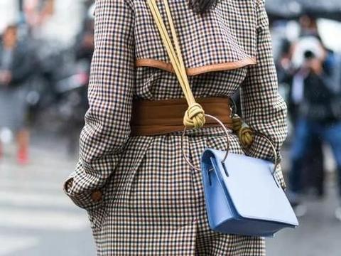 """今年冬季不穿""""格纹""""服装,怎么好意思说自己是时髦人?"""