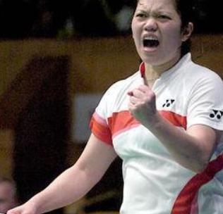 她被称之为羽球皇后接班人,张宁的死对头,入籍荷兰勇夺奥运亚军