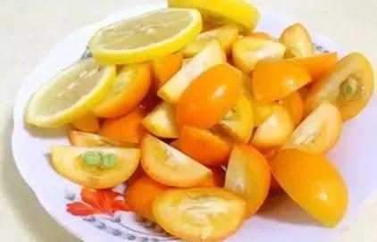 金桔雪梨苹果汤水