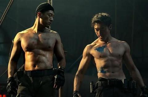 《特警队》贾乃亮上演铁血硬汉,大秀八块腹肌,却只是一个配角