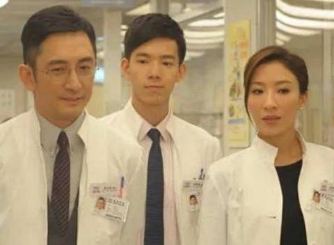 TVB童星在韩发展返港过年 与一众老友叙旧亭亭玉立女人味十足