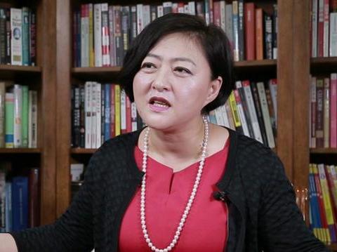 """刘强东背后的女人!曾投资多位大佬,眼光毒辣人称""""女版巴菲特"""""""