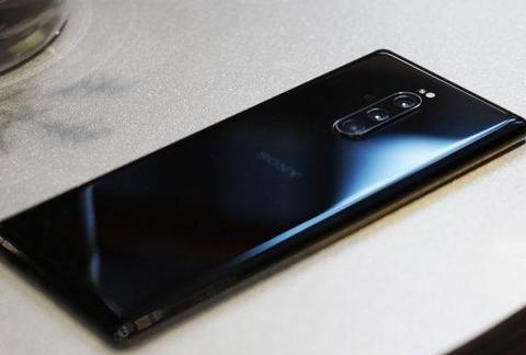 索尼Xperia 旗舰这次能成?4K屏+4000mAh大电池