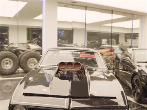 7.0L排量的科迈罗,范·迪塞尔同款跑车,配热熔胎,引擎都外露
