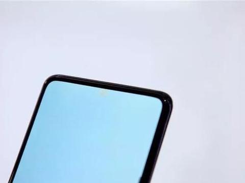 """小米卢伟冰微博感叹:""""屏下摄像头""""技术有待发掘"""