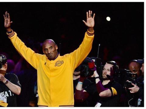 科比·布莱恩特去世后,NBA推迟了周二的洛杉矶湖人队比赛