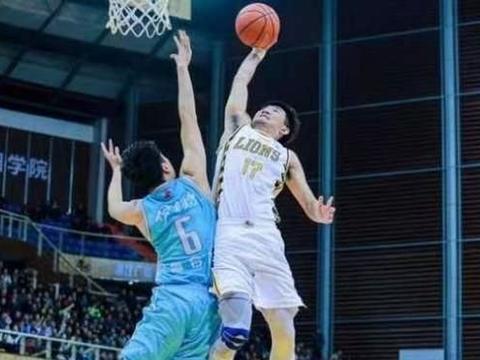 CBA唯一可单换赵睿的球员 黄皮肤外援攻守全能 杜锋曾定名表扬他