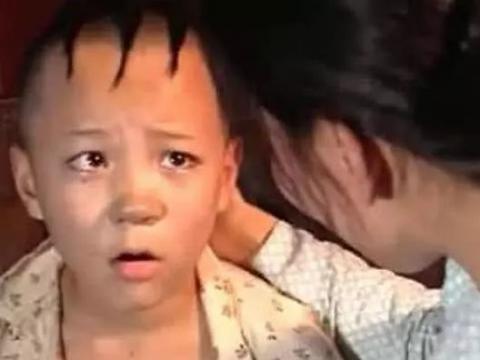 """还记得新《三毛流浪记》的""""三毛""""吗?如今33岁"""