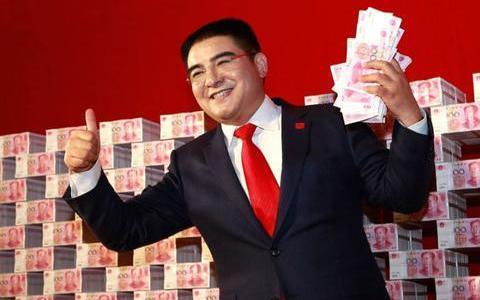 香港富豪怒吼!以中国人为耻?不给大陆捐一分,给美国狂捐200亿
