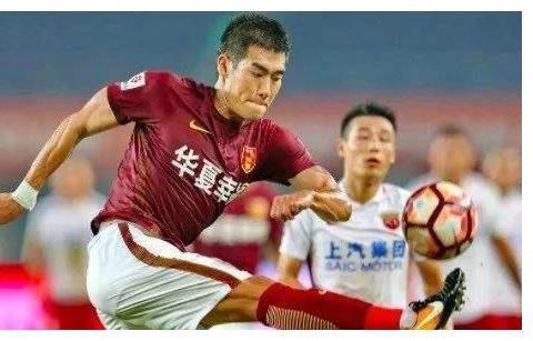 韩国球员压力山大!2分钟2个乌龙球的金周荣,因此患抑郁一年多