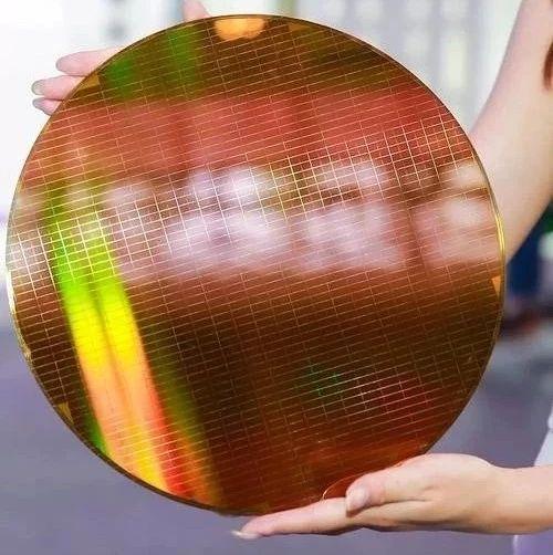 缓解产能危机,GlobalFoundries将为Intel代工14nm芯片