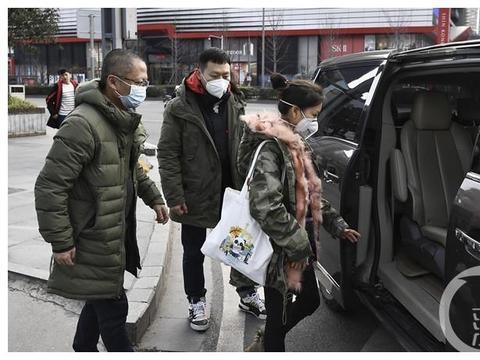"""为战""""疫""""加油!上游新闻记者出发前往抗疫一线"""