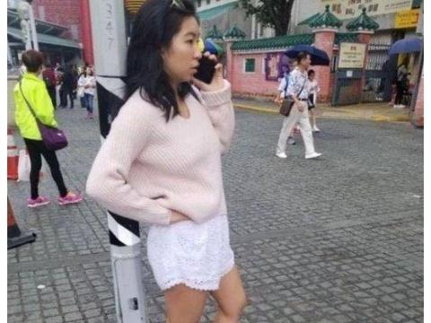 林青霞18岁小女儿现身,和老妈真不能比,时尚感还是颜值差太多