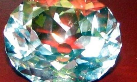 这是世界上最大的钻石,只因遭受诅咒,佩戴者都为之恐惧