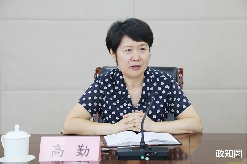 """湖北红十字会专职副会长张钦被免,两天前称""""工作中确实有失误"""""""