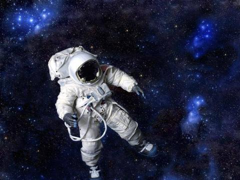 太空那么冷,如果把一辆卡车送去太空会发生什么呢?